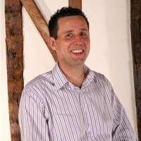 Craig R Smith