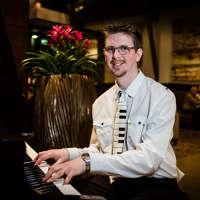 Paul Milligan Pianist