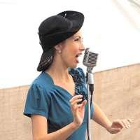 Jayne Darling - Singer