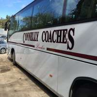 Connelly coaches  logo