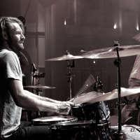 Thom Mills Drums logo