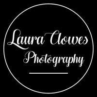 Laura Clowes Photography logo