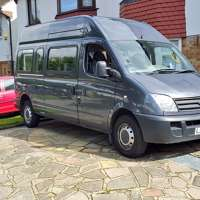 Martin's Minibus  logo