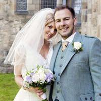 Jenniflower Weddings & Photography logo