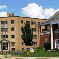 Edgewater Apartments logo