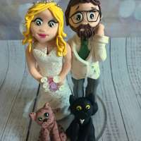 Lucy's cake toppers logo