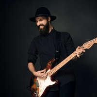Rikki Glover Guitar