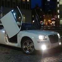 Hummer limousine and Party Buses