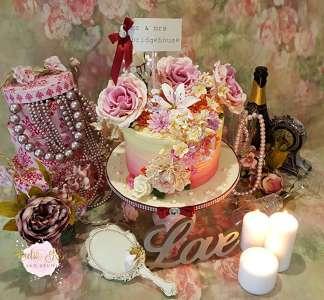 Photo by Amelia Rose Cake Studio