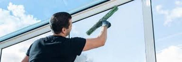 Photo by Shine Bright Window Cleaning Service