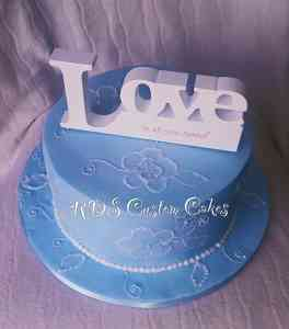 Photo by RDS Custom Cakes
