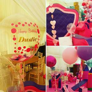 Photo by The London Balloon Boutique